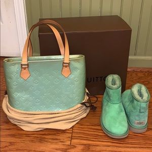 FINAL PRICE☘️Authentic LV & Ugg bundle!💚